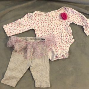 3for$10 kids items! Laura Ashley 2piece babyoutfit